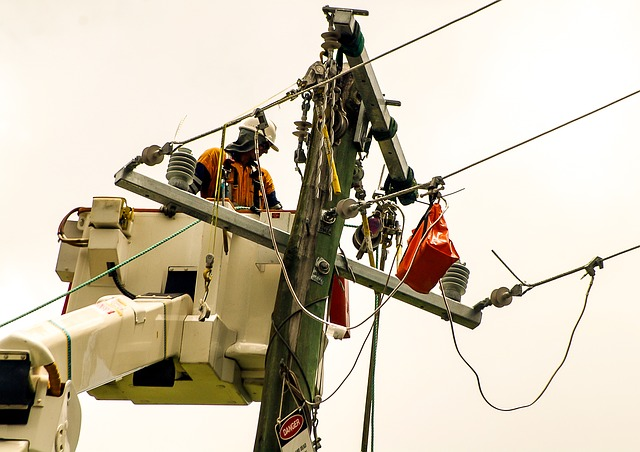 How can a utility efficiently know who's helping restore power?