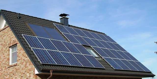 Critics say Michigan utility needs to show its work on solar energy rate